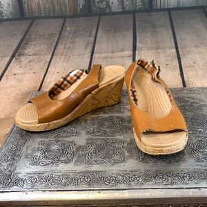 Crocs Cork Wedge Sandals with Adjustable Strap and Plaid Lining Sz 8